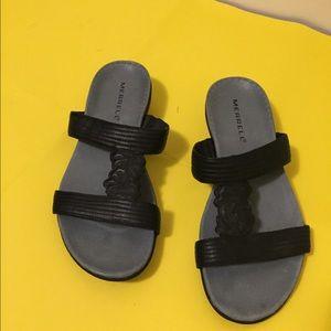 Merrell Black leather sandals Sz 8M